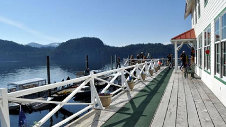 4 أفكار رائعة في رحلتك إلى ألاسكا البقاء-في-ن