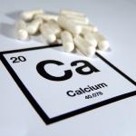 أهمية فيتامين ب 12 لامتصاص الكالسيوم في العظام