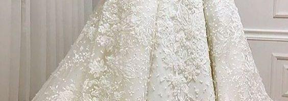 e51dd5c5a3284 موضة فساتين الزفاف الفرنسية تعود من جديد
