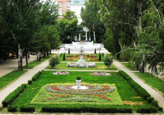 حدائق مدينة روستوف