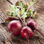 القيمة الغذائية وفوائد رقائق البنجر
