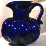 فازات و ديكورات عصرية بصناعة زجاجية