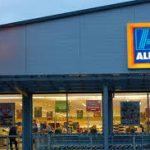 قصة نجاح كارل ألبريشت صاحب متاجر ألدي الالمانية