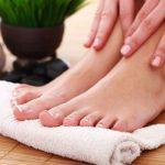 علاج تصبغات اليدين والقدمين في المنزل