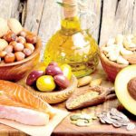 كمية الدهون المسموح بتناولها يوميا