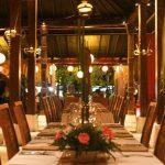 تقرير عن مطعم تشارمينج في بالي