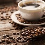 مدى تأثير فنجان واحد من القهوة على إبقاء الشخص يقظا