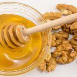 المكسرات وعسل النحل لعلاج مشاكل الغدة الدرقية