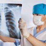 أسباب الإصابة بانخماص الرئة الانسدادي و أهم أعراضه