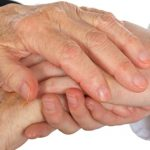 العلاقة بين مرض باركنسون والإمساك