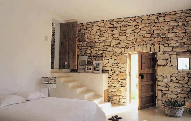 الحوائط الحجرية للديكور الداخلي حائط-حجري-لغرفة-نوم.