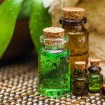 طريقة استخدام زيت شجرة الشاي لعلاج تساقط الشعر