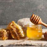 فوائد العسل في علاج الاكزيما الجلدية