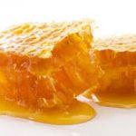 فوائد العسل الملكي