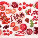أهمية الخضروات والفاكهة باللون الأحمر في النظام الغذائي