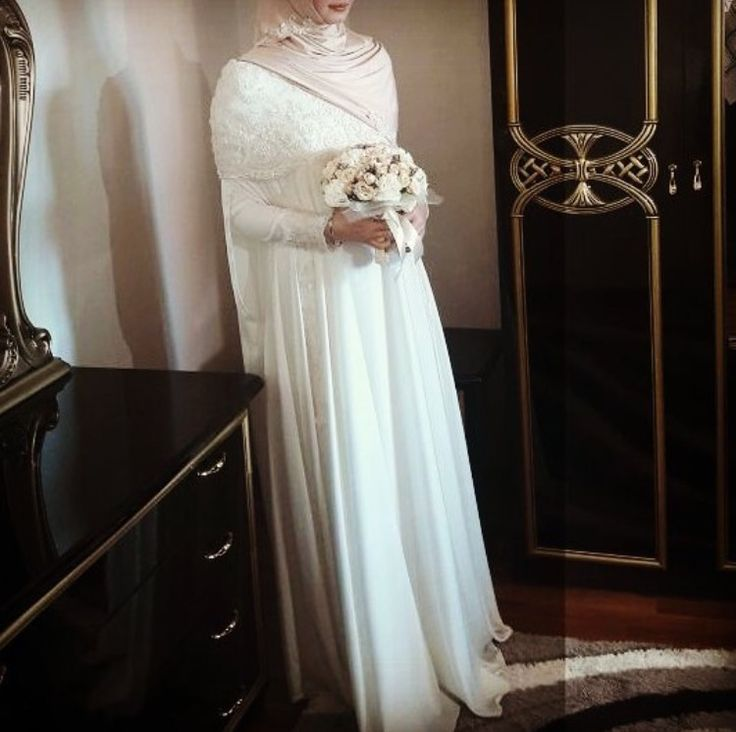 فستان زفاف للمحجبات بوشاح