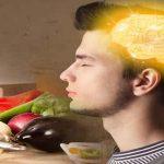 أفضل المواد الغذائية لتعزيز الذاكرة والتركيز