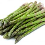 العلاقة بين مرض النقرس وتناول الهليون والخضروات