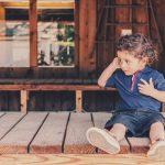 تأثير الحياة المعيشية على تنمية اللغة لدى الأطفال