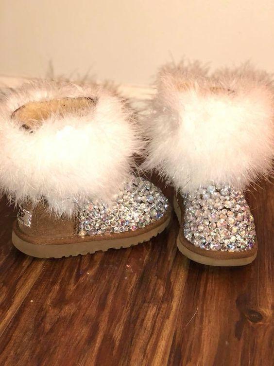 احذية سوارية للفتيات الصغيرات حذاء-لامع-جملي.jpg