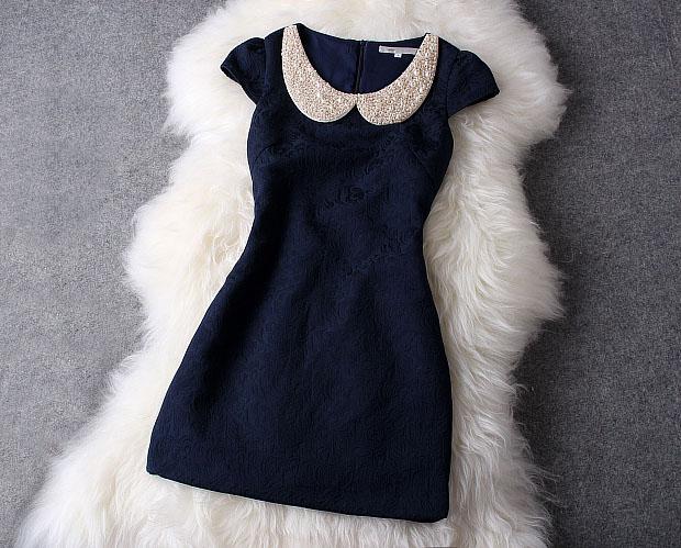 فستان-مطرز-لؤلؤ-كحلي