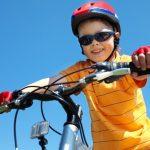 قواعد الأمان للعب الطفل في الخارج