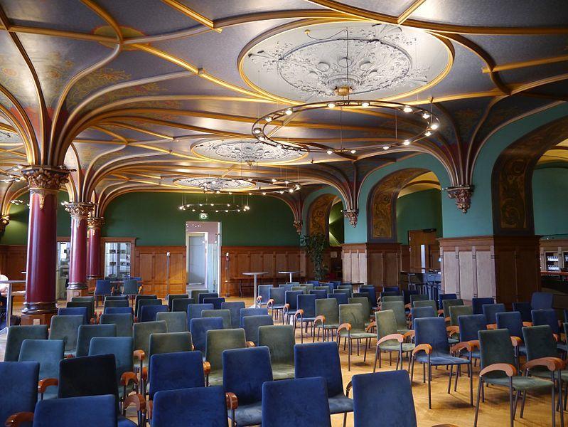 فوبرتال الالمانية مبنى-البلدية-التاريخ