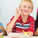 تطوير عادات الأكل الصحية عند الأطفال