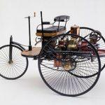 اول سيارة صنعت في العالم
