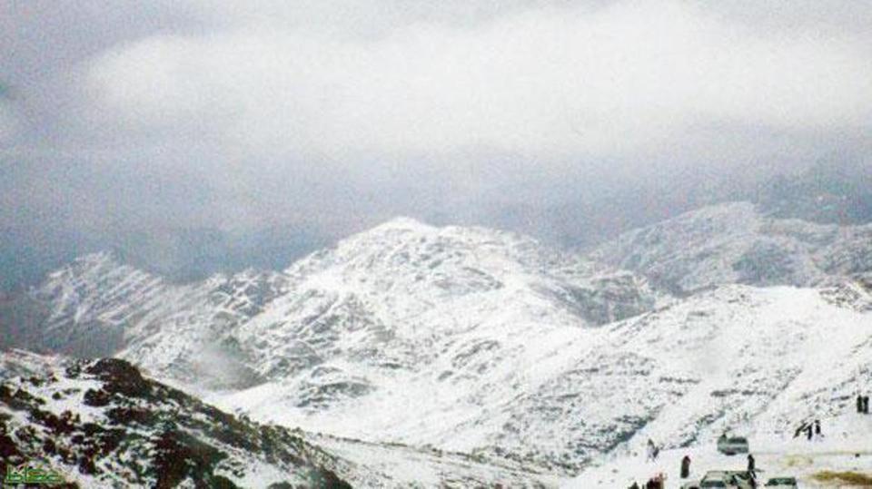 كم يبعد جبل اللوز عن تبوك موسوعة ورقات العربية