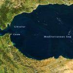 ما الدول التي تتحكم في مضيق جبل طارق