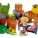 أسس اختيار ألعاب آمنة للأطفال