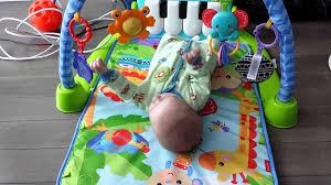 تمارين لتقوية عضلات و عظام الرضع %D8%AA%D8%AF%D9%88%D9%8A%D8%B1-%D8%B1%D8%A7%D8%B3-%D8%A7%D9%84%D8%B7%D9%81%D9%84
