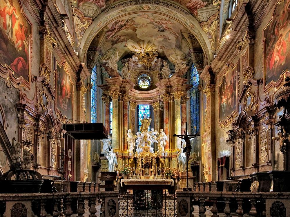 السياحة مدينة نيترا سلوفاكيا بالصور كاتدرائية-نيترا.jpg