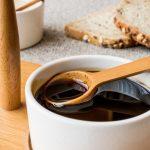 ما هو مصدر العسل الأسود