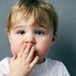 كيف أشجع طفلي على الكلام