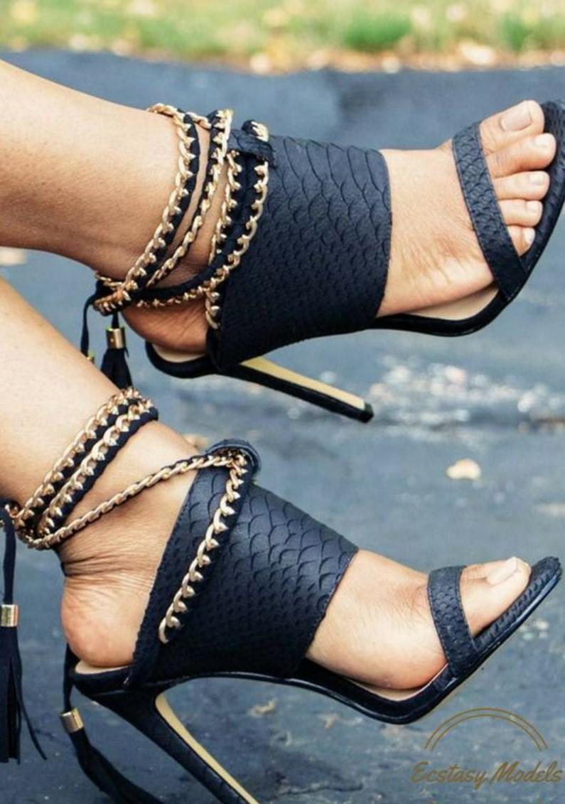 10eae6001 حذاء سهرة باللون الاسود | المرسال