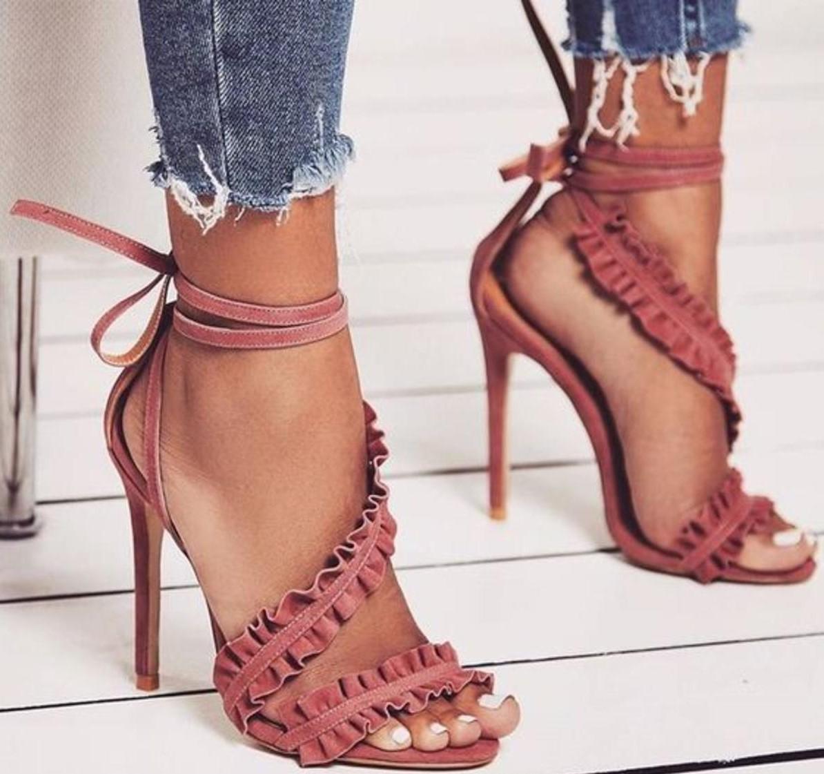 433b6b711 حذاء سهرة باللون الروز | المرسال