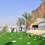 قصة الألماني دومنك ووالده في معرض الصقور السعودي العالمي