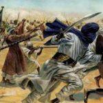 في أية معركة كان الرسول أول من رمى بالمنجنيق