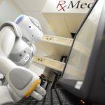 استخدام الروبوت الذراع في الصيدلية الذكية