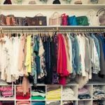 طرق ترتيب الملابس في الخزانة