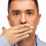 هل رائحة الفم الكريهة من علامات السحر