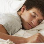 مشروبات ساخنة تساعد على الخلود للنوم