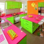 ديكورات مطابخ بألوان مبهجة