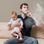 أثر التدخين في تلويث البيئة المنزلية