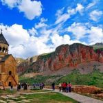 """تقرير مفصل عن """" السياحة في ارمينيا """""""