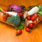 """انواع الفيتامينات و طريقة الحصول عليها بكمية مناسبة من """" الغذاء """""""