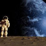 حوار بين رائد فضاء وغرفة الاتصالات الفضائية