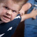 خطط تعديل السلوك العدواني عند الأطفال